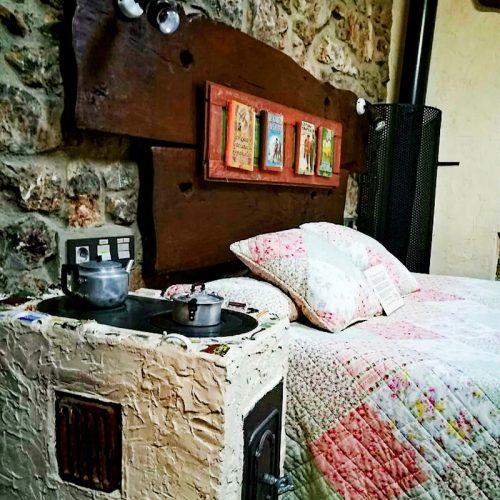 detalles-duendes-casa-rural-babia-_0000_Cabecero Duendes